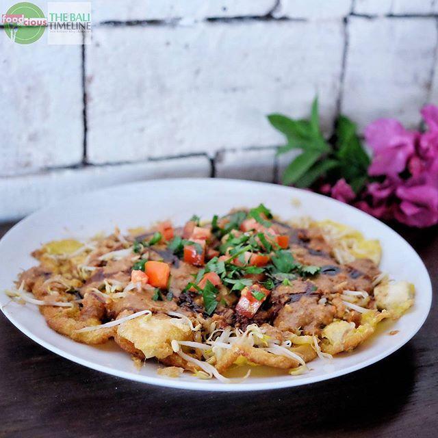 Food Blog Bali  #Food: Tahu Telor #Delicious: 3/5 #Foodcious: menu yang satu Ini memang sudah tidak asing buat sebagian orang namun masih jarang tempat makan yang menyajikan menu ini dgn rasa khas betawi.    @warung_batavia Rp 23rb  Jl. Yudistira Kunti II. #seminyak    #FeastIndonesia#amazingindonesiafood #betawi
