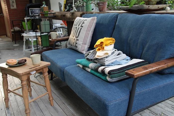 座り心地抜群な2人掛けファブリックソファー:ヴィンテージ&レトロ,ブルー系,Home's Style(ホームズスタイル)の2人掛けソファの画像