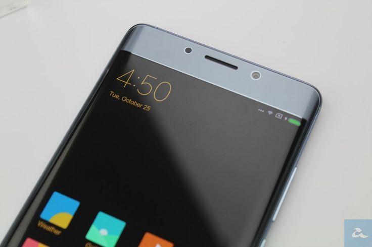 Xiaomi Dilaporkan Memesan Skrin OLED Dari Samsung Untuk Peranti Utama 2018  Kos menghasilkan skrin OLED kini setanding dengan skrin LCD. Oleh itu semakin ramai pengeluar menggunakannya pada peranti mereka kerana ia mempunyai kelebihan tidak menggunakan bateri yang tinggi serta paparan lebih hidup. Media Korea Selatan melaporkan Xiaomi telah memesan panel OLED dari Samsung untuk digunakan pada peranti utama 2018 mereka.  Lebih dari sejuta panel OLED sebesar 6 telah dipesan dan akan diterima…