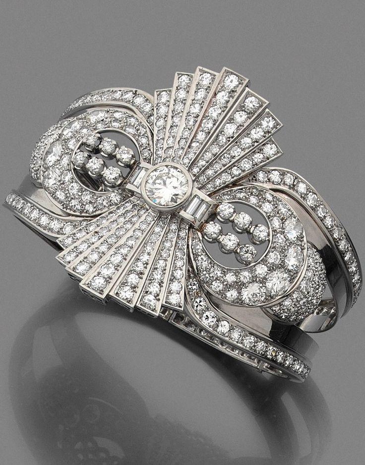 A diamond, platinum and 18K gold bracelet, circa 1935. #ArtDeco #bracelet