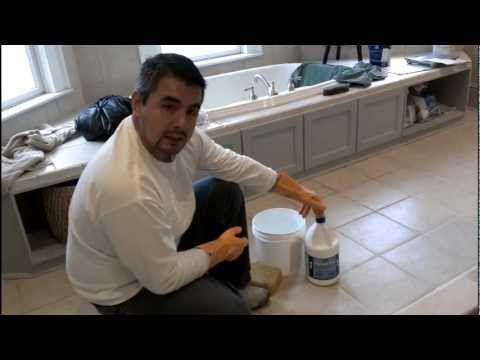 Como limpiar pisos de losas de ceramica o porcelana - Como sacar manchas de oxido del piso de ceramica ...