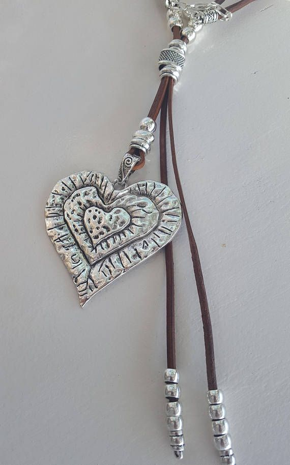 short beaded heart Boho woman leather necklace