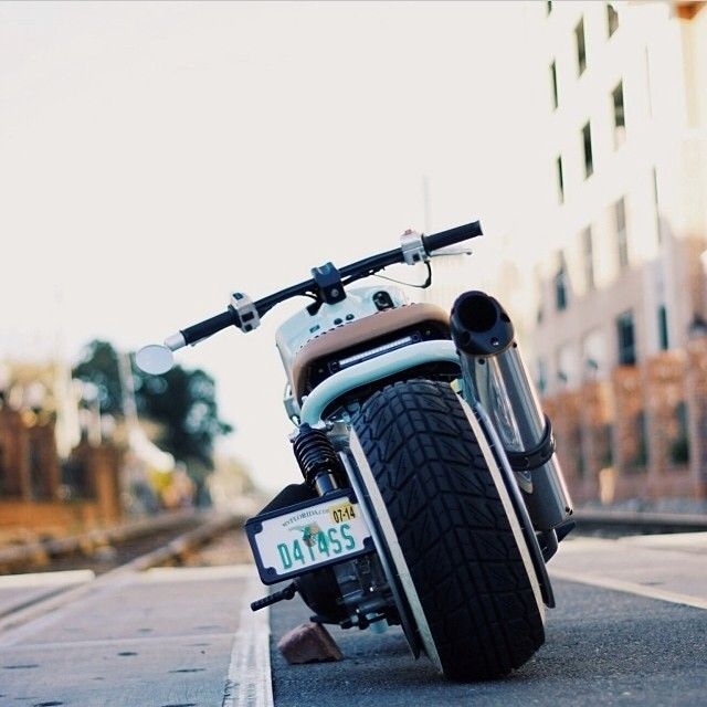 laurenrenfrow:  Absolutely in love with this shot. Thank you @youngdeathofme #ruckus #honda (at Church Street Rail Road Crossing)