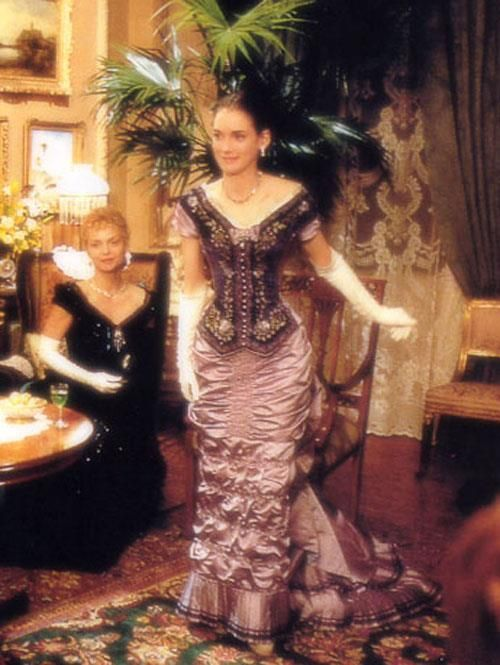 age of innocence movie   from The Age of Innocence   Costumes-Movie-Opera-Theater