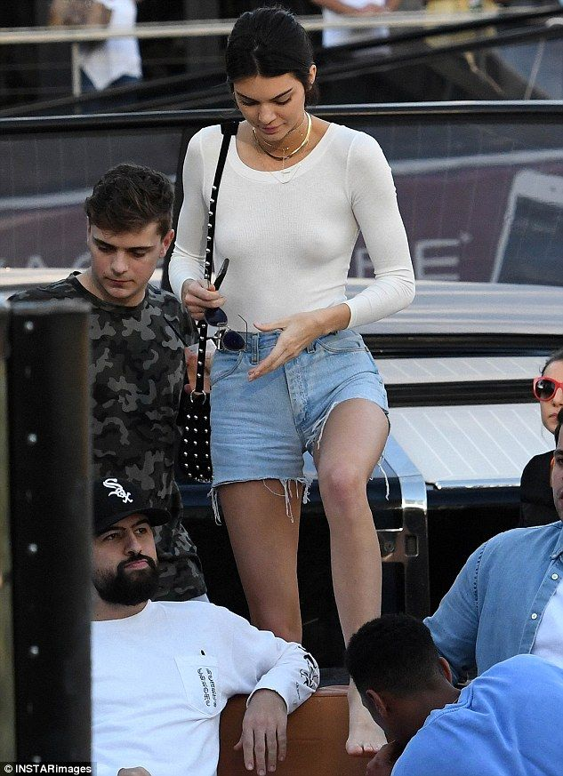 Casually chic: Kendall Jenner showed off her incredible figure when she enjoyed a boat tri...