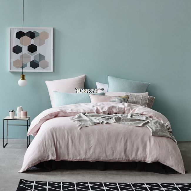 parure de lit rose chambre bedroom pinterest parents comment et d co. Black Bedroom Furniture Sets. Home Design Ideas