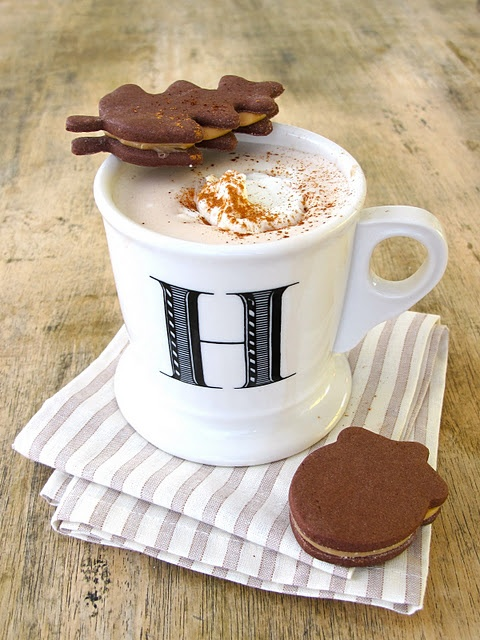 Salted Caramel Chocolate Sandwich Cookies & Pumpkin Spice Latte!