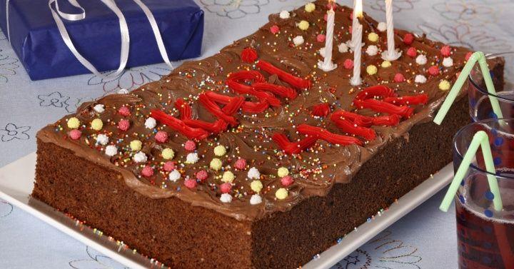 Sjokoladekake i langpanne (kaken som kan brukes til alle anledninger)