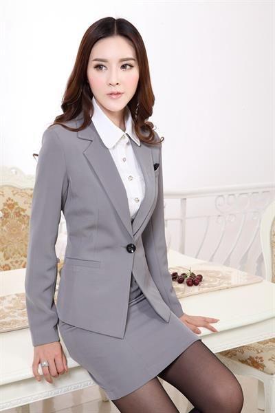 Купить костюм женский деловой недорого