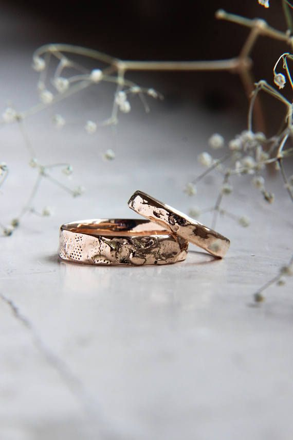 Textured Wedding Band Set Rough Wedding Ring Rose Gold Band Etsy In 2020 Gold Wedding Band Sets Rustic Wedding Rings Unusual Wedding Rings