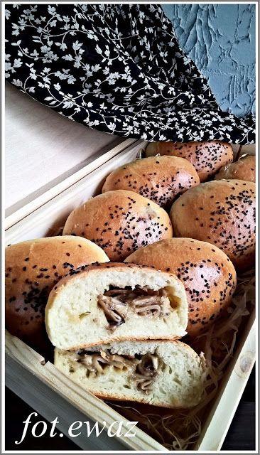 Ewa w kuchni: Bułeczki z pieczarkami i serem