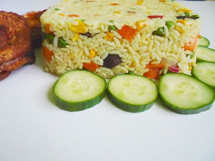 Nigerian fried rice is a sought after in Nigeria. Just like jollof rice, this dish is a party food.