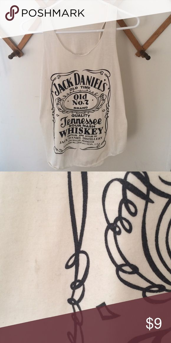 Jack Daniels Tank •Good preowned condition - one small mark on the right side - have not tried to remove •No size tag, but seems it would fit XXS-S depending on desired fit •No brand Tops Tank Tops