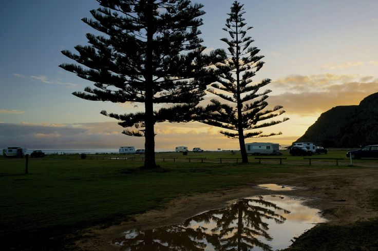 Rapid Bay Camping ground, best for tents and caravans looking for a quick get away. Just 60mins south down the coast from Adelaide, you can fish, swim and camp.
