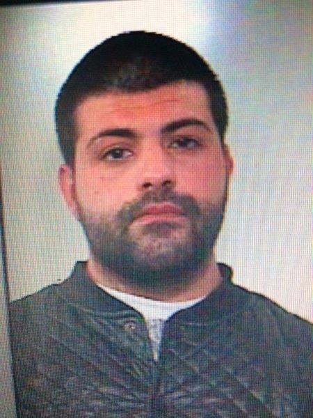 Aggredisce e spacca la testa con un bastone ad un 60enne: torna in carcere Oliva a cura di Redazione - http://www.vivicasagiove.it/notizie/29enne-arrestato-evasione-maltrattamenti-famiglia/