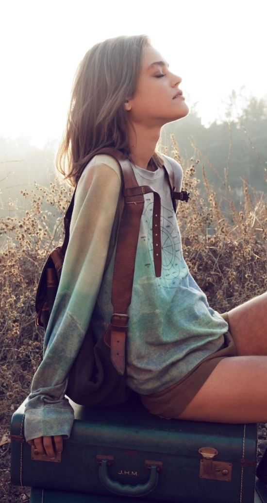 shorts oversized shirt backpack