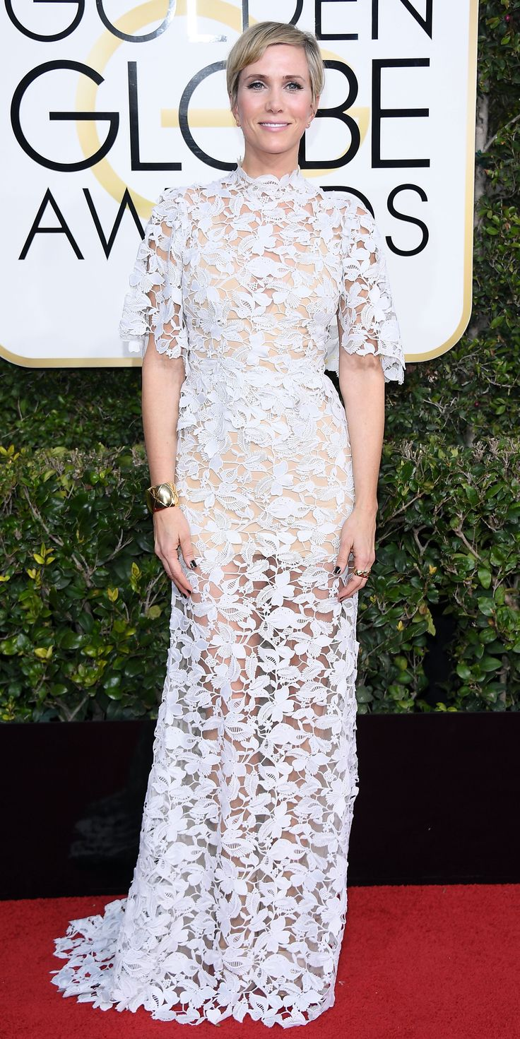 All the Glamorous Looks from the 2017 Golden Globes Red Carpet - 2017 Golden Globes Kristen Wiig - Slide from InStyle.com