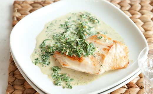 Lunch/Dinner: Epicure's Chicken with Creamy Spinach Sauce (200 calories/serving) serve with side salad and small potato.
