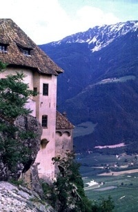 Schloss Juval - Medieval Castle in North-Eastern Italy | Naturno - Naturns | ITALY Magazine
