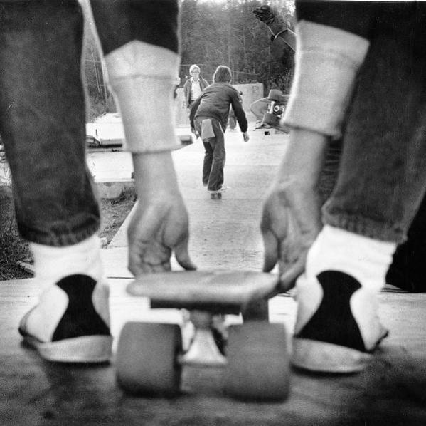 Skateboarding : Skateboard Blackwhit, Photography Lovin, Longboards Skateboard, Skater Photography Longboards, Bw Photography, Skateboard Longboards, Gonna Skating, Skateboard Oldschool, Photography Inspiration