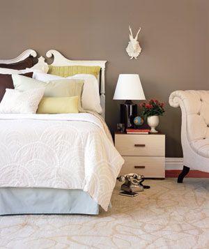 bedroom: Beds Rooms, Idea, Guest Bedrooms, Bedrooms Design, Decor Bedrooms, Wall Color, Paintings Color, Bedrooms Decor, Gray Bedrooms