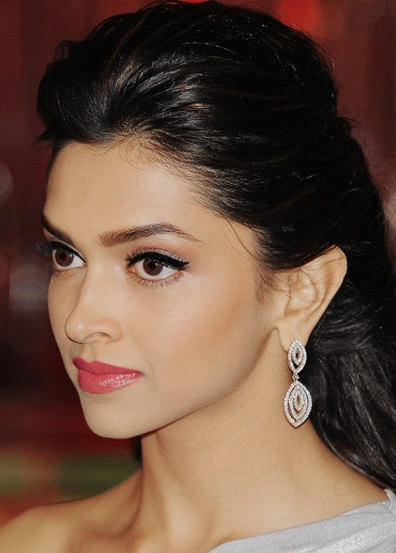 deepika padukone height