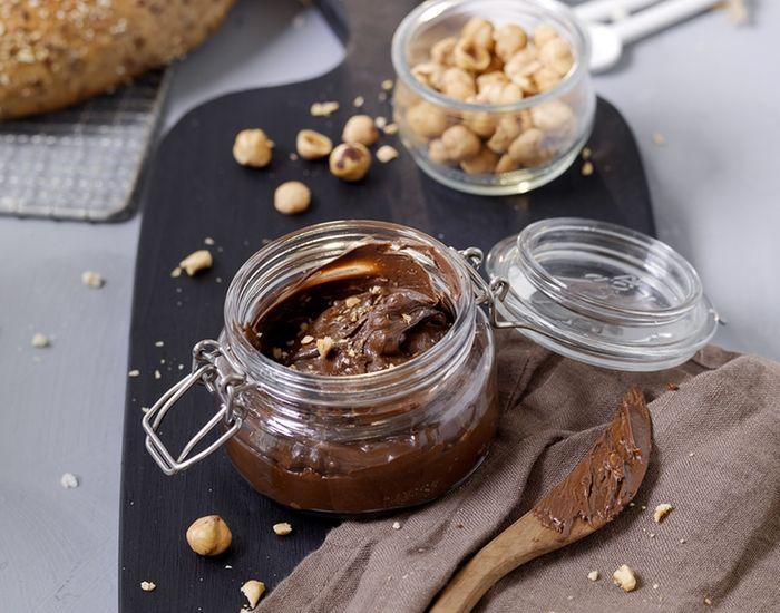 Sjokoladepålegg med hasselnøtter - Tara
