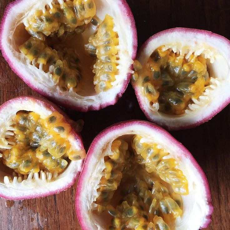 How amazing is the structure of passionfruit?! One of our all time favourites  #soodelicious by organicfood.com.au