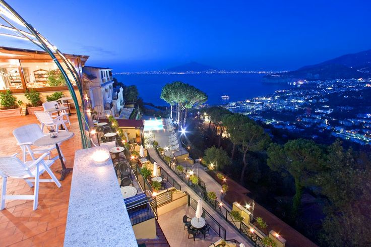 When you want to go to the Amalfi coast - I'd love to recommend Residence Le Terrazze ;-)