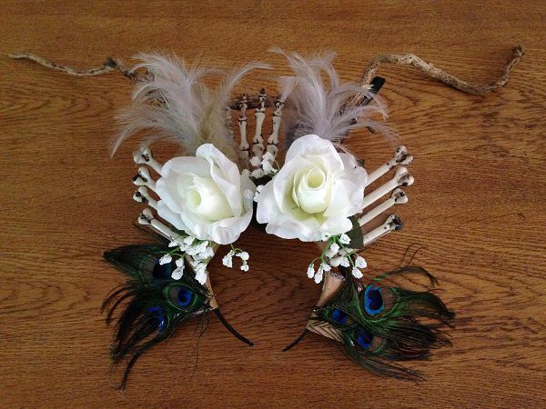 Instructions on making a Voodoo Priestess Headdress or Voodoo Priestess Crown for Halloween Fancy Dress Ideas, Halloween Party Costume