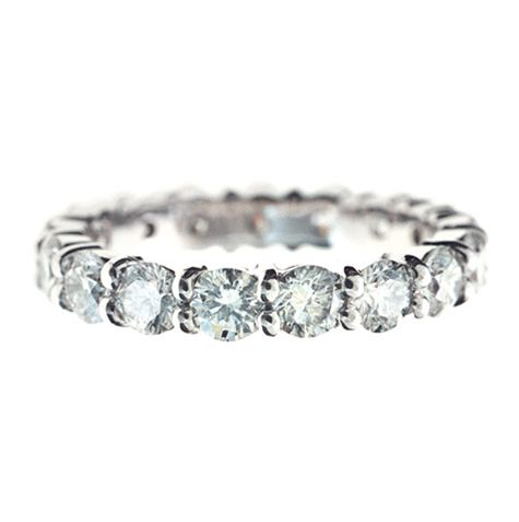 FULL CIRCLE ROUND BRILLIANT CUT CLAW SET DIAMOND RING A Mesmerising Dance Of Light Is Created By Painstakingly Hand Setting Matching Row Brilliant Cut