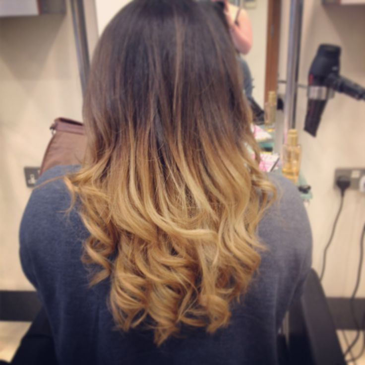 Her own natural base with lightened ends belliage