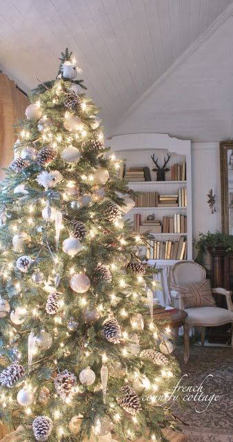 Feathered Nest Friday~ Merry Christmas! - FRENCH COUNTRY COTTAGE