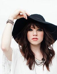 Carly Rae Jepsen – Tonight I'm Getting Over You