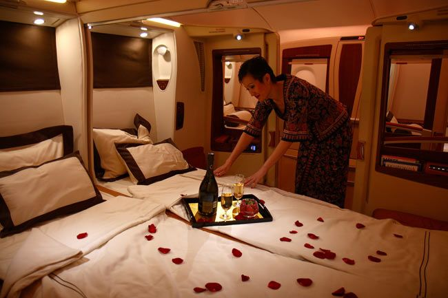 first class suite Emirates Airline   Places I Will Go ... Emirates First Class A380 Suite
