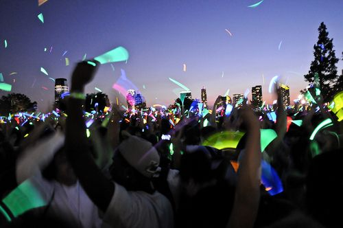 Glow sticks at a festival!Pink Summer, Glow Running, Glowrun, San Diego, Glow Sticks, Summer Parties, Country Concerts, Music Festivals, Glow Parties