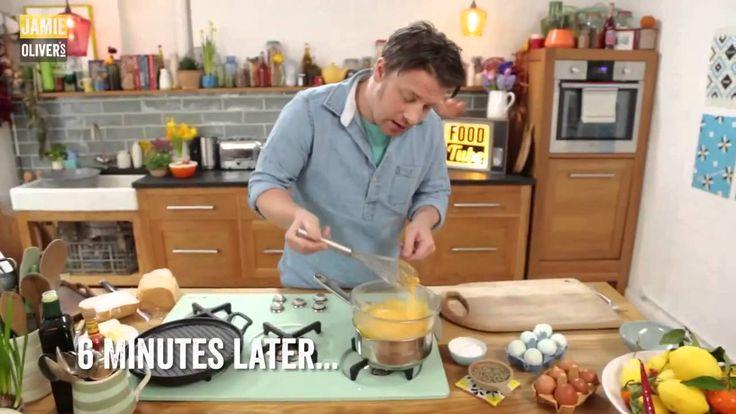 Джейми Оливер - Три способа приготовления яичницы болтуньи