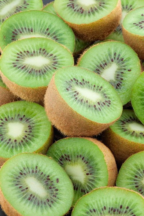 5 Tips/Facts: Kiwi is good use for a detox ingredient. Great for kids with asthma. Helps control coughing, wheezing, and shortness of breath in children. Helps with diabetes. Good to eat during pregnancy.