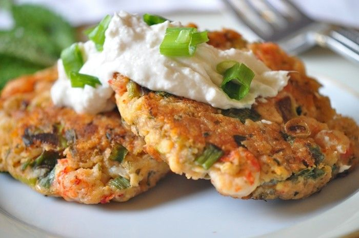 Get all the Louisiana crawfish recipes and facts to enjoy a wonderful delicious Louisiana Crawfish Season with crawfish etouffee, crawfish cakes +more!