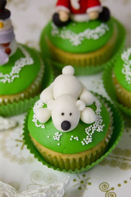 Christmas cupcakes Visit www.sealedbysanta.com for your letter from santa!