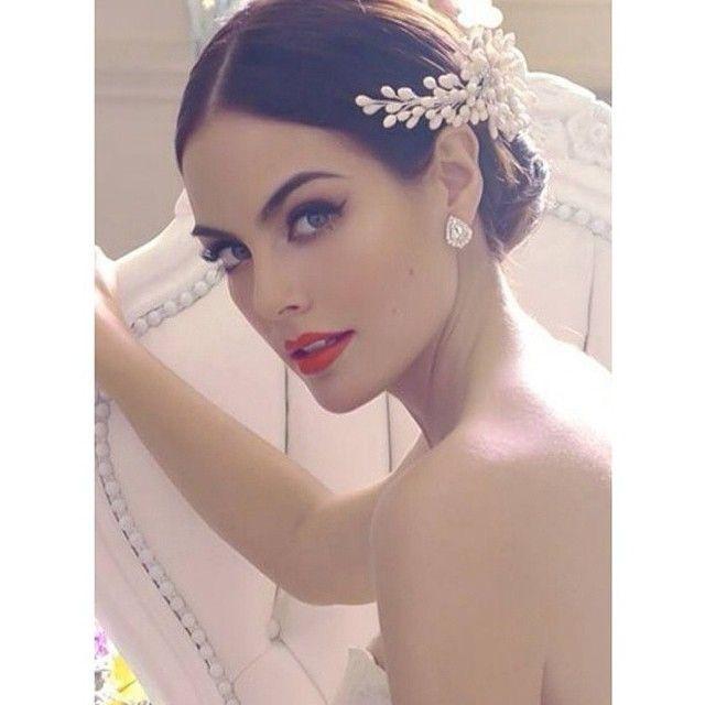 @vicoguadarrama makeup on Ximena Navarrete