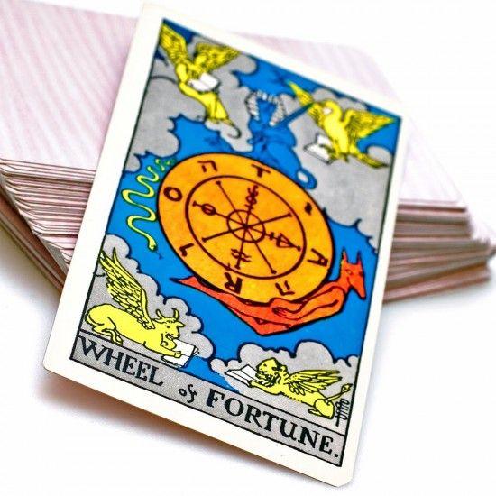 Significado de sonhar com cartas de tarô