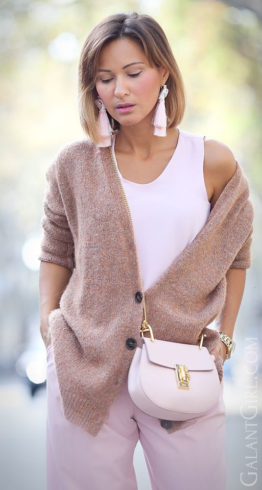 #Chloe #ChloeDrew #cementPinkChloeDrew #Blush #BlushPink #chic #StreetStyle #style #Fashioninspiration #ootd #falloutfit #autumnOutfit #Cardigan #GalantGirl #Fashionblogger #Fashionblog #стиль #мода #лук #образдня #модныйблоггер #блоггер #осень