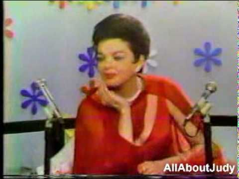 Judy Garland - Interview + Over The Rainbow (The Mike Douglas Show - 1968) - YouTube