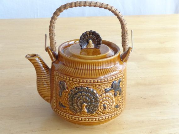 Vintage Japanese Asian Golden Brown Porcelain Teapot ~ 3-D Turkey Lid ~ Male-Female Turkey Motif Made In Japan ~ Vintage Collectible 1970s