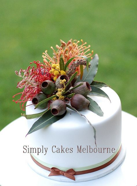 Australian Native cake topper by Simply Cakes, via Flickr