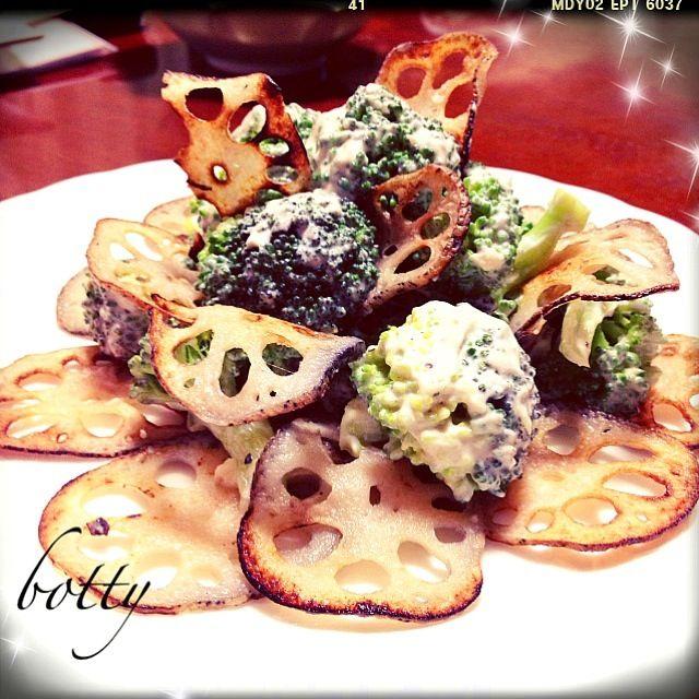 パリパリのレンコンチップスと甘ぁーいブロッコリーにお豆腐で作ったシーザードレッシング風マヨをかけて食べたら止まらなくなっちゃいましたぁーっ(⋈◍>◡<◍)❤  4人前を2人で完食!!笑 - 207件のもぐもぐ - レンコンチップスとブロッコリーのサラダっ( ॢꈍ૩ꈍ) ॢ४४४*❤ by botty
