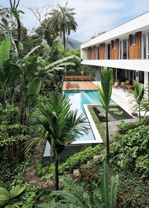 Casa da jornalista Sônia Bridi na Barra da Tijuca | projetada por Maristela Bridi, irmã da jornalista, em parceria como arquiteto Fábio Silva