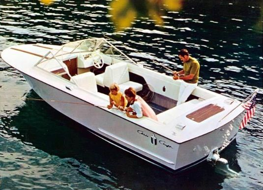 9 best chris craft lancer images on pinterest chris craft motor rh pinterest com Chris Craft Lancer Transom Vents Chris Craft Lancer 23 Transom
