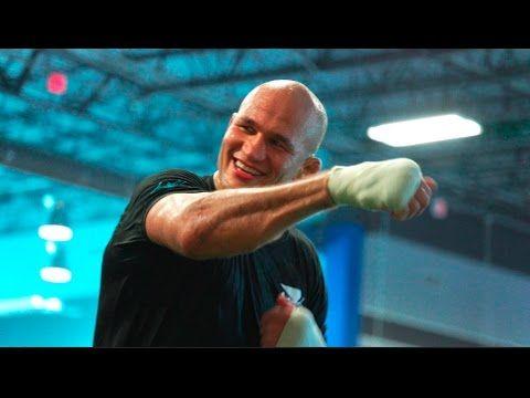 UFC (Ultimate Fighting Championship): UFC 211 Countdown: Stipe Miocic vs. Junior Dos Santos